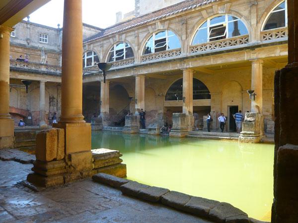 Bassin-principal,-Roman-Bath-(1)