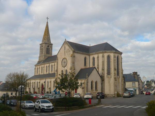 Eglise,-la-Roche-Bernard