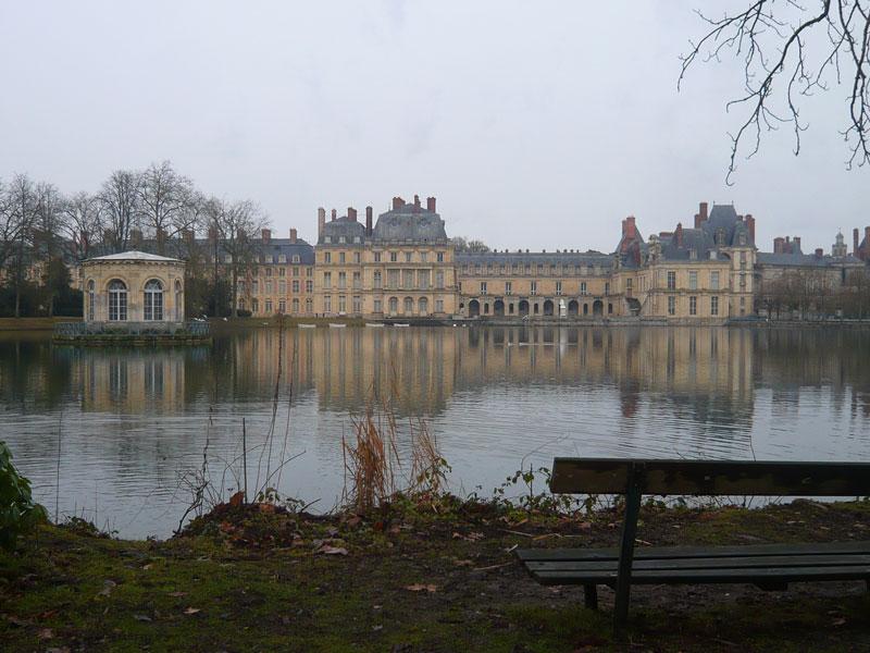 Etang-aux-carpes,-château-d