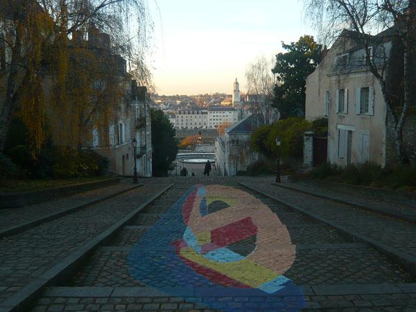 Fresque-escalier-menant-à-la-cathédrale,-Angers