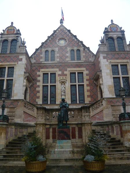 Hôtel-Groslot,-Orléans-(2)