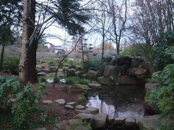Retour sur la route direction le sud le virage for Jardin japonais nantes