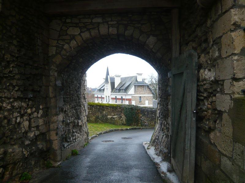Porte-du-château,-Montargis