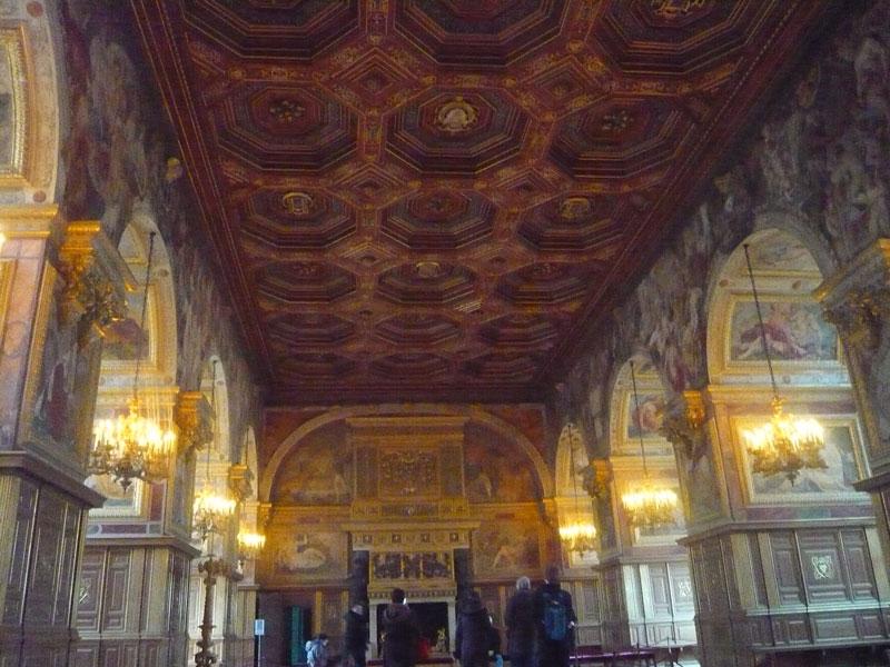 Salle-de-bal,-château-de-Fo