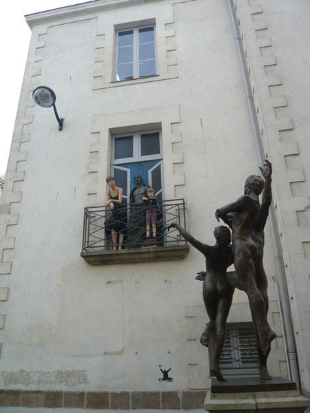 Statue-et-trompe-l'oeil,-Graslin,-Nantes