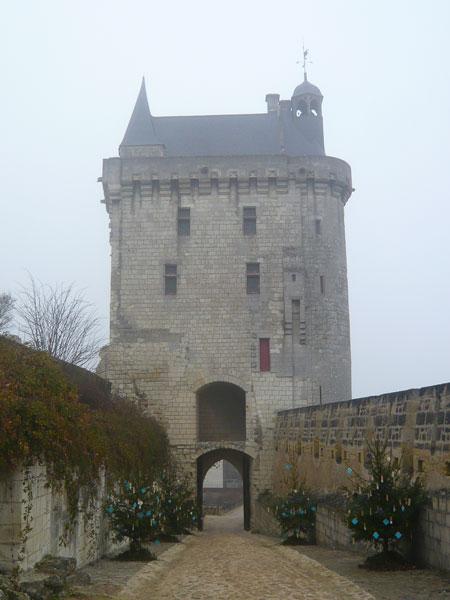Tour-de-l'Horloge,--château-de-Chinon-(2)