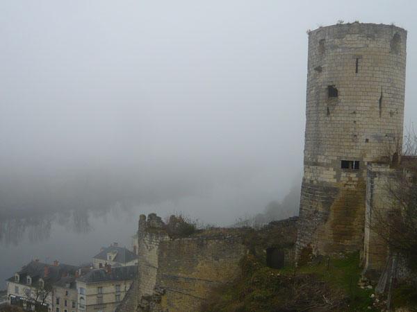 Tour-du-moulin,-château-de-Chinon