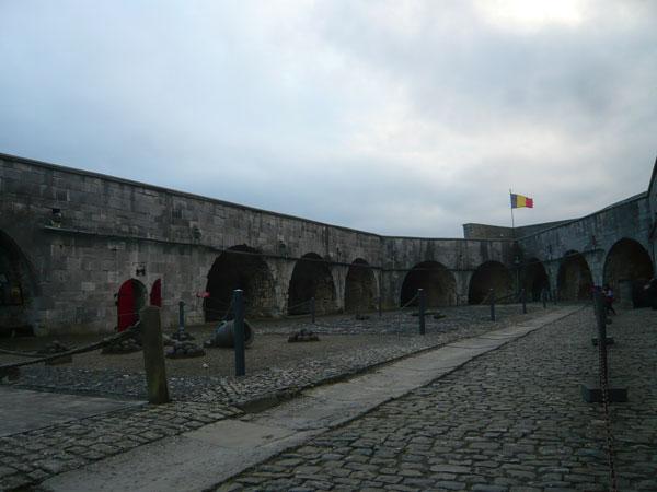 Intérieur,-citadelle-de-Din