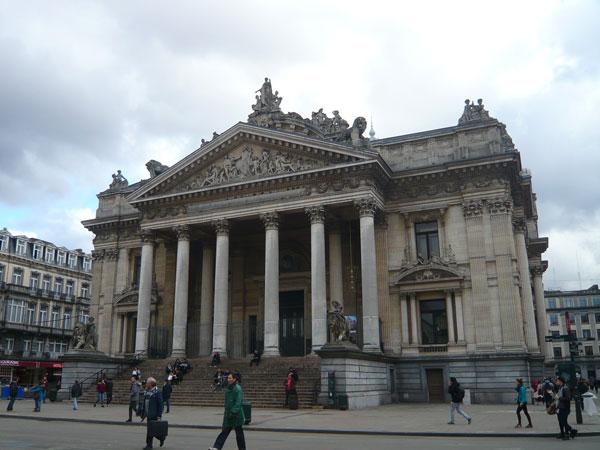 Place-de-la-Bourse,-Bruxell