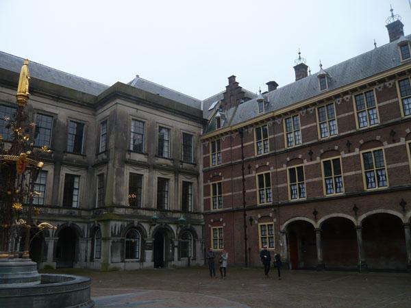 Binnenhof,-La-Haye-(16)