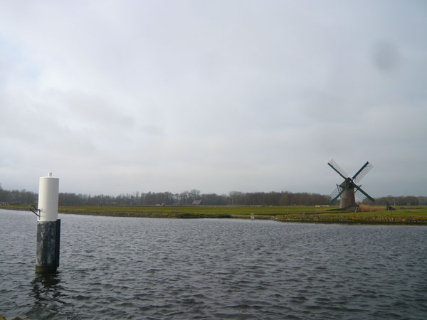 Moulin,-canal-de-Vliet