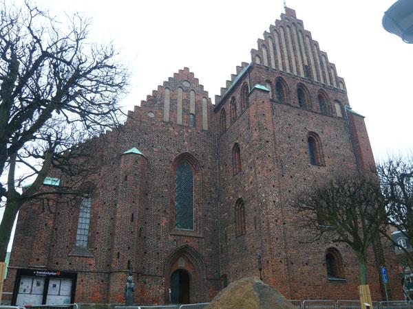 Eglise-Notre-Dame,-Helsingb