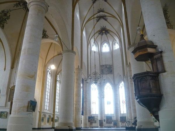 Intérieur-église,-Deventer