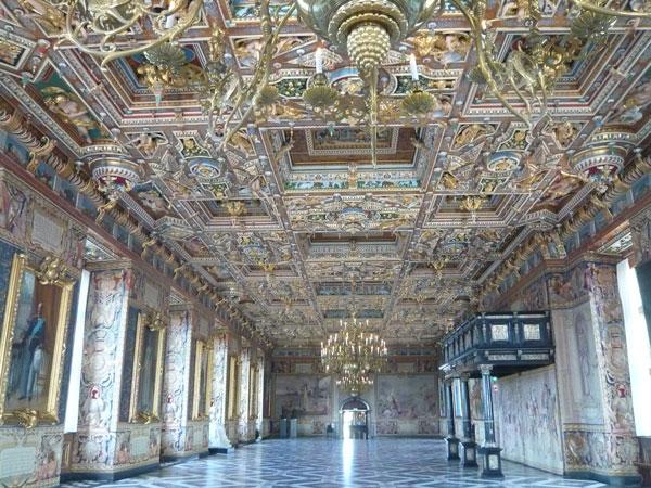 Grande-Salle,-Musée-Nationa