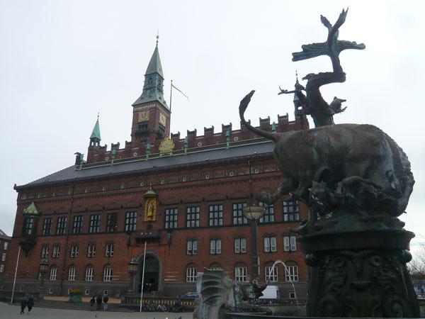 Hôtel-de-Ville,-Copenhague