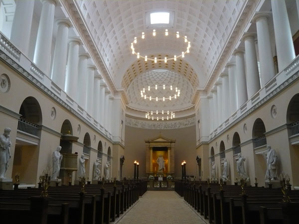 Intérieur-Vor-Frue-Kirke,-C