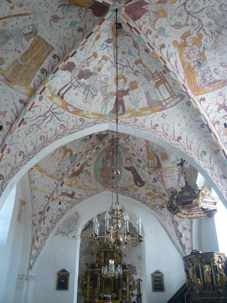 Intérieur-de-l'Eglise-d'Elm