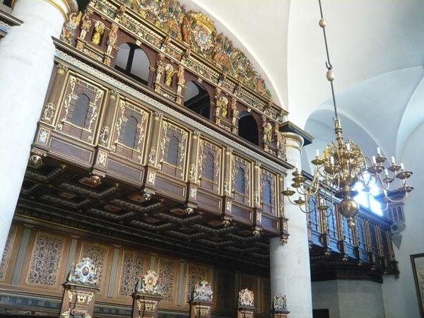 Intérieur-de-la-chapelle-du