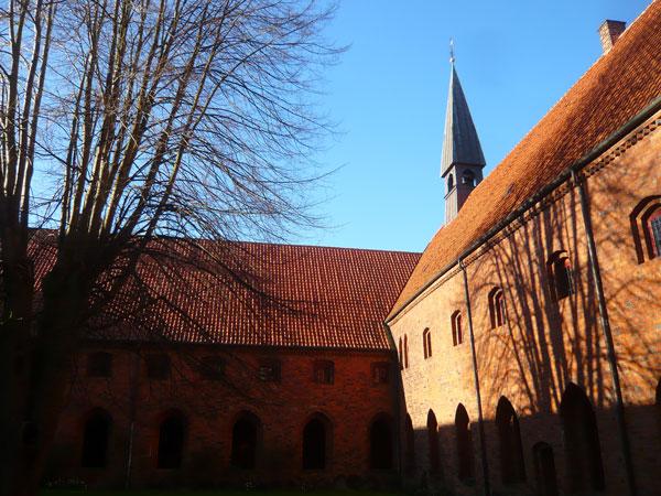 Monastère-des-Carmes,-Helsi