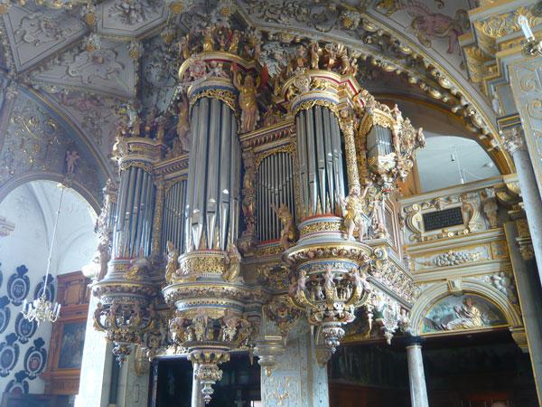 Orgue-de-la-chapelle,-Châte