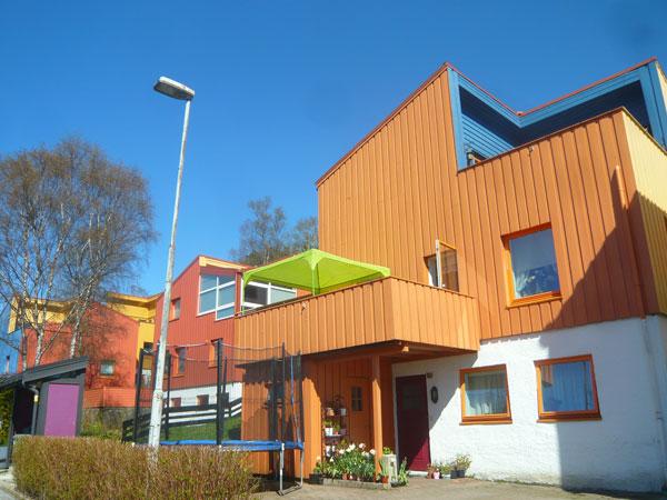 Quartier-maisons-colorées,-
