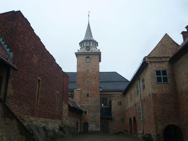 Château-de-la-Forteresse-Ak
