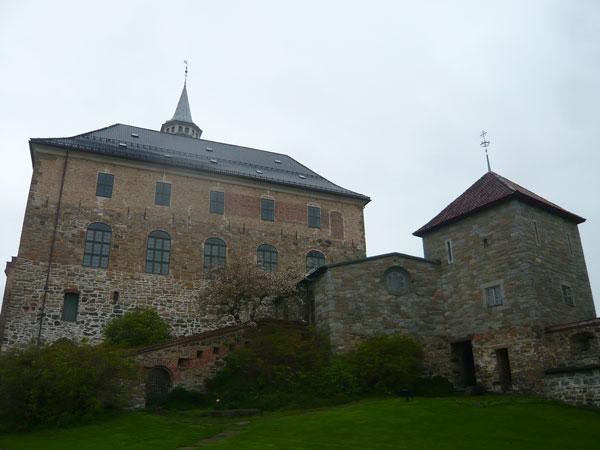 Châteaude-la-Forteresse-Ake