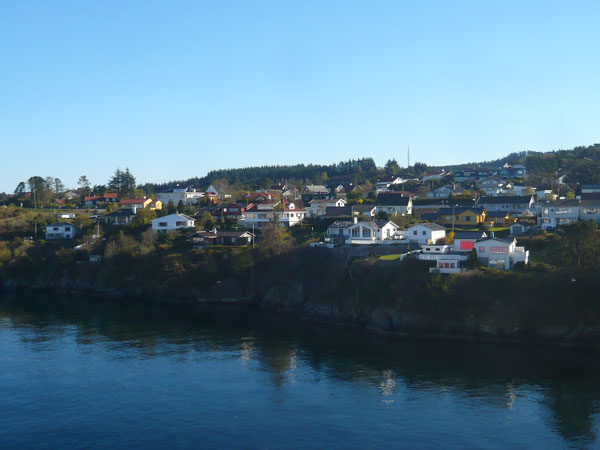 Village-Côte-norvégiennes-M