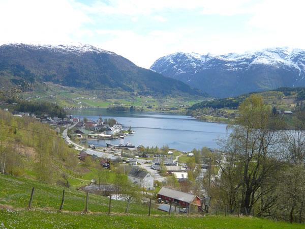 Vue-sur-Ulvik-et-son-fjord