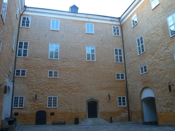 Cour-intérieure-du-château,