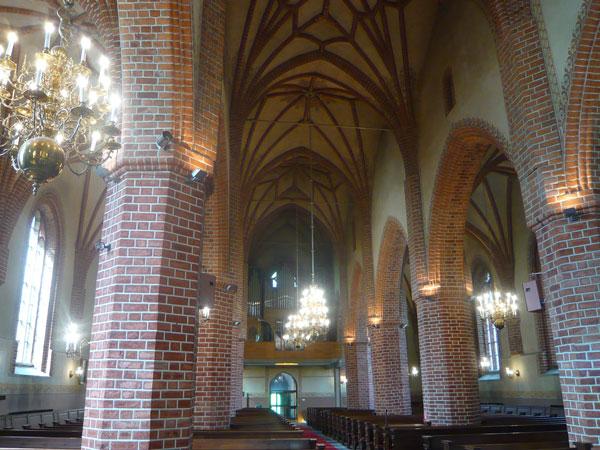 Intérieur-de-l'église-Stora