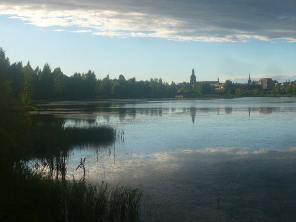 Vue-sur-Falun-depuis-le-lac