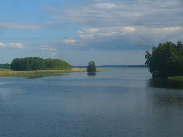 Vue-sur-le-lac-Mälaren,-Sun