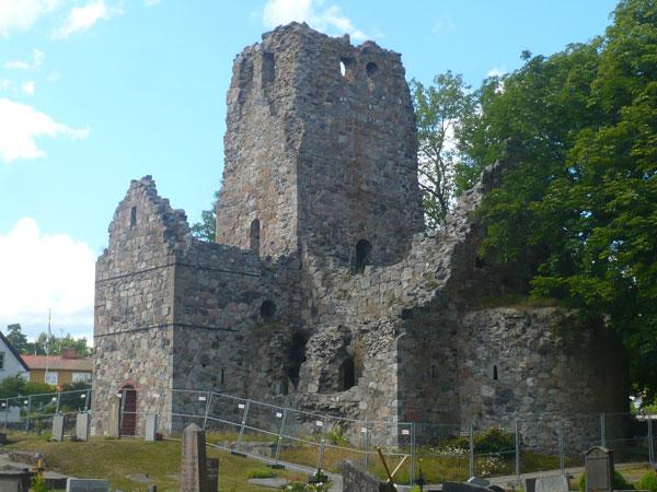 Ruines-de-l'église-St-Olof,