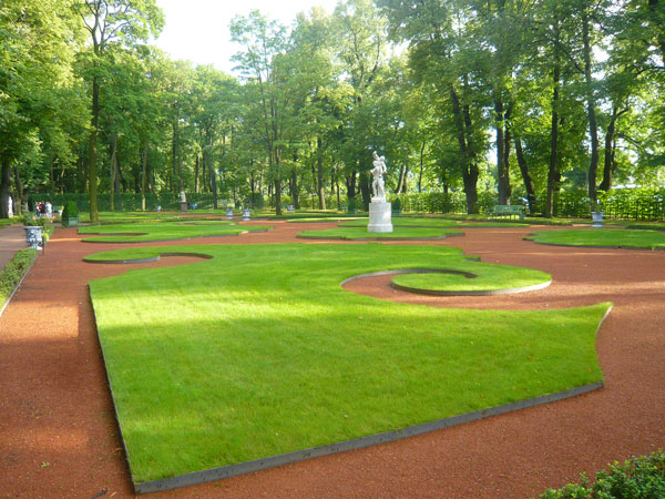 Grand-Parterre,-Summer-Gard