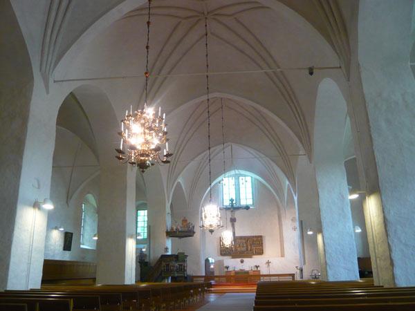 Intérieur-de-l'église,-Naan