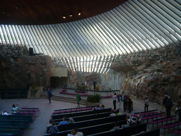 Intérieur-de-l'église-Tempp