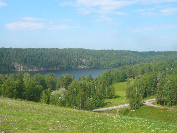 Vue-sur-leNuuksion-Pitkäjär